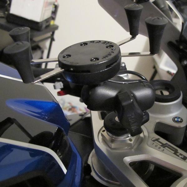 DJI OSMO Action Motorrad Bundle
